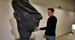 Monumentális arcportrékkal tért vissza a Rudnay-ösztöndíjas