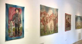 Megnyílt Péreli Zsuzsa kiállítása a Tornyaiban